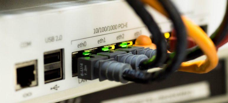 Internet in camera de camin